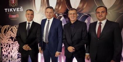 Darko Jelić-Tikveš,Božidar Jankovski i Enes Zajmović- Diners Club International i Igor Ilievski-generalni direktor Tikveš vinarije